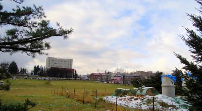 11/02:オホブラ百貨店の駐車場から見た景色
