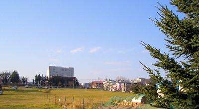 11/09:オホブラ百貨店の駐車場から見た景色