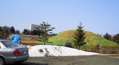 4/5:オホブラ百貨店の事務所駐車場から見た景色