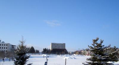 01/30:オホブラ百貨店の事務所から見た北見工大方面