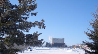 02/04:オホブラ百貨店の事務所から見た北見工大