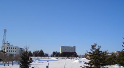 02/16:オホブラ百貨店の事務所から見た北見工大