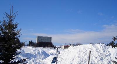 03/03:オホブラ百貨店の事務所駐車場より北見工大方面をみた景色