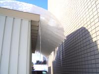 03/03:屋根の雪というより氷