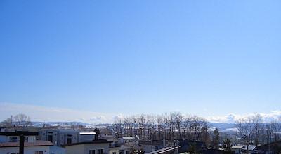03/27:オホブラ百貨店の事務所の屋上
