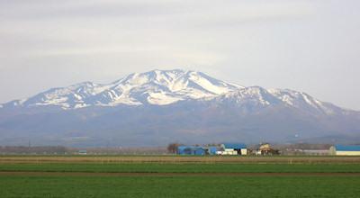 05/08:斜里町から見た海別岳