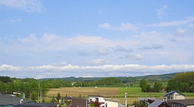 05/28:オホブラ百貨店の事務所の屋上から見た景色