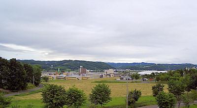 07/02:オホブラ百貨店の事務所の屋上から見た景色