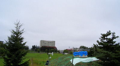 08/04:オホブラ百貨店の駐車場から見た景色