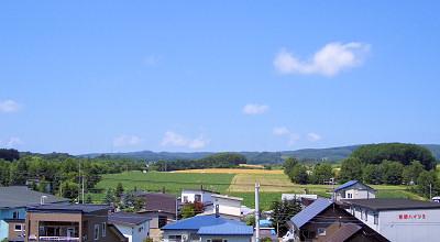 08/06:オホブラ百貨店の事務所屋上から見た景色