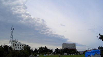 09/04:オホブラ百貨店の事務所駐車場から見た景色