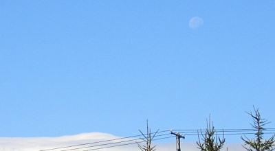 09/09:朝の月