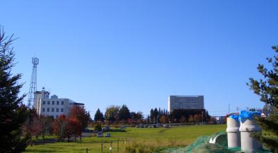 10/13:オホブラ百貨店の駐車場付近から見た景色