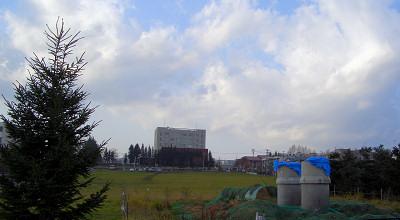 10/30:オホブラ百貨店の駐車場から見た景色
