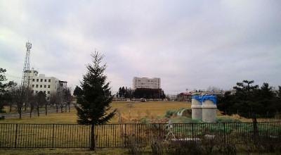12/01:オホブラ百貨店の事務所駐車場から見た景色