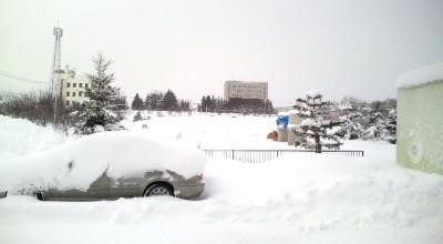 1/7:オホブラ百貨店の事務所駐車場から見た景色