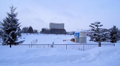 1/21:オホブラ百貨店の事務所駐車場から見た景色