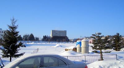 1/22:オホブラ百貨店の事務所駐車場から見た景色