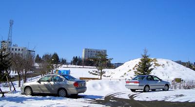 4/8:オホブラ百貨店の事務所駐車場から見た景色