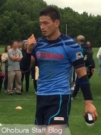 ラグビー五郎丸選手、北見で合宿